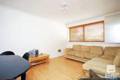 A Modern And Spacious 2 Bedroom Apartment With T
