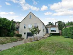 5+ Bedrooms Detached House in Chorleywood, WD3