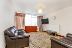 3 Bedrooms  House in Wembley, HA9