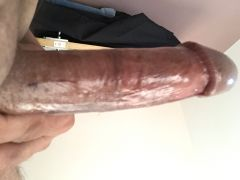LOOKING FOR NSA FUN WITH F - YES ITS MY COCK IN PICTURE