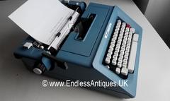 Rare Olivetti Studio 46 Designer Typewriter, New Ribbon, Case, Stylish Port
