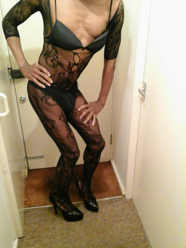 MEN SEEKING SEXY BLACK   SHEMALE  ESCORT  07940954417 3 Image