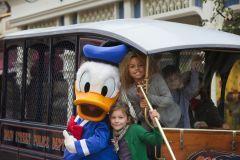 Enjoy the Coach Holidays Travel to Disneyland Holidays