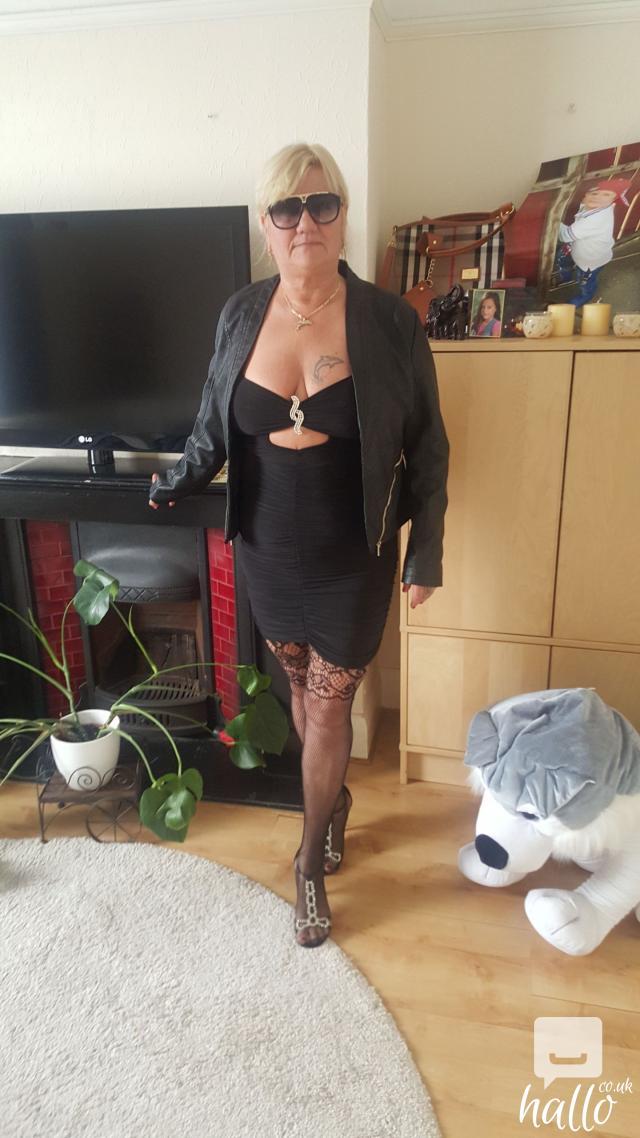 Sexy Mature Laura | East Ham | Greater London | Hallo