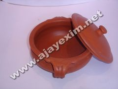 Clay Vegetable Curry Pot