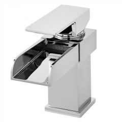 Go with Royal Bathrooms Highly polished chrome surface