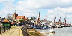 Maldon Black Water Estuary Tour & 'Viking Saga' Boat Cruise with Lunch