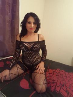 New Independent Escort Female first time in UK Andrea