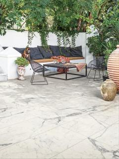 Marble Effect Italian Outdoor Porcelain Paving Slabs