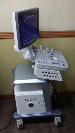 Ultrasound system GE Logiq P5, 2007 year.