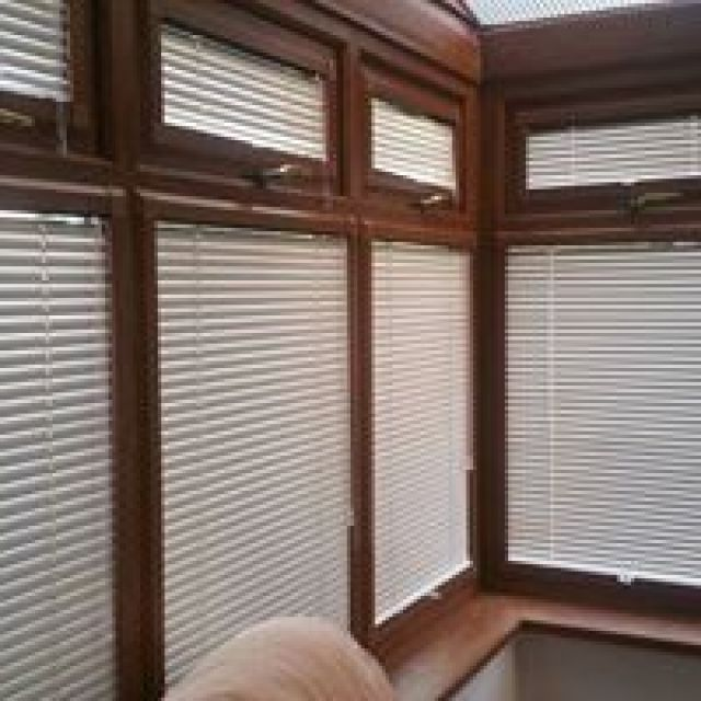 Cheap window blinds in Uk Get free quotes0800 2335566 3 Image
