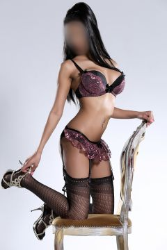 Leeds Escorts All Services Incall & Outcall Female