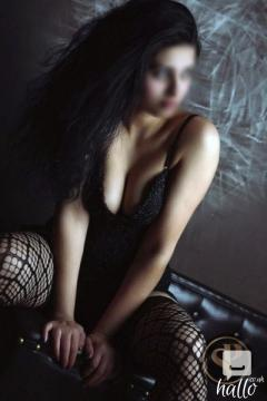 Indian Escort - Ultimate GFE Experience