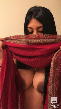 POOJA SEXY CRAZY INDIAN IN EDGWARE ROAD GENUINE PIC