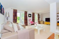 4 bedroom Detached House for sale in Wood Lane Close