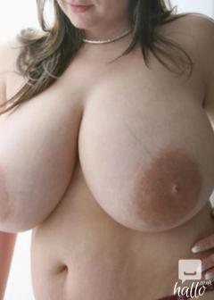 Samantha 38gg tits 07448009400